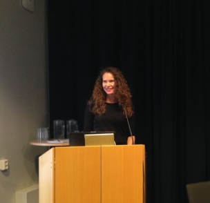Speaking at Tankesmedjan Tiden.